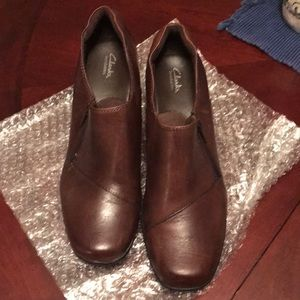 Clark's ankle boots brown